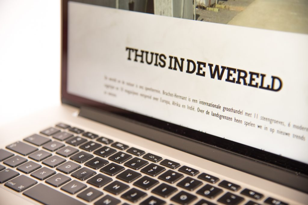 nieuwsbrief mailing e-mailmarketing copywriting bliksem west-vlaanderen Kortrijk